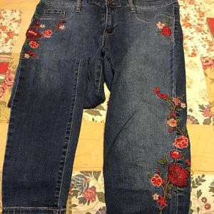 Mossimo Supply Co. Jeans - High rise embroidered jegging
